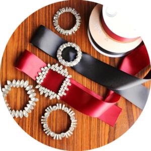 fall jewelry trends satin ribbon choker rhinestone buckle brooch