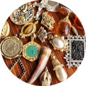 fall jewelry trends talisman baubles pendants necklaces