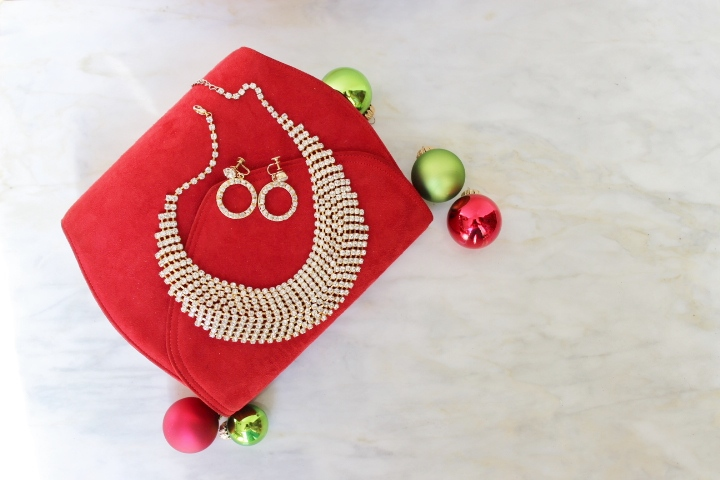 holiday-outfit-fashion-party-guide-jewelry-accessories